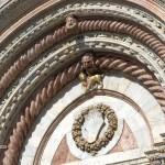 Katedrala v Sieni, stranski vhodni portal.