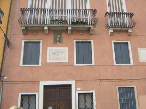 Hiša v kateri je živel Donatello, italijanski kipar.