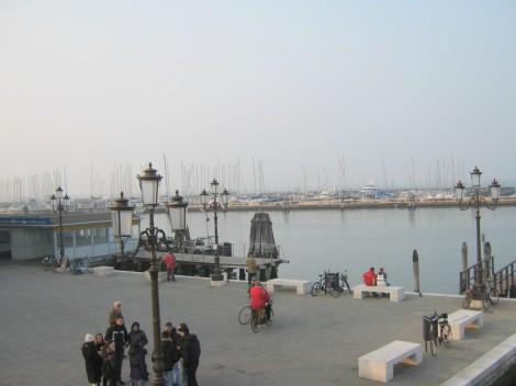 Pristanišče Chioggia, tu je redna ladijska povezava za velike Benetke.