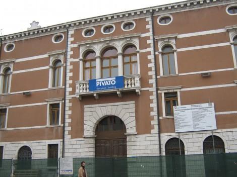 Šest stoletij stara zgradba
