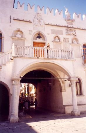 Pretorska palača