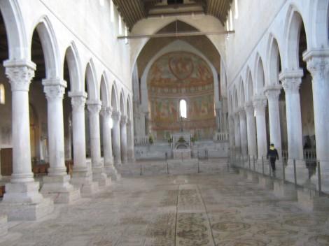 Ogromna mozaična preproga oglejske bazilike