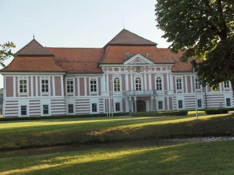 Dvorec Betnava