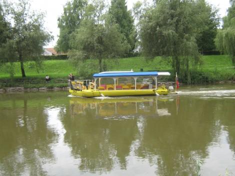 Iz centra mesta do Špice se lahko zapeljemo z rečnim taxijem.