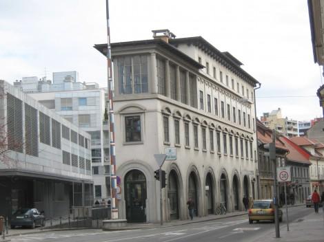 Peglezen, postavljen med leti 1932 in 1934.