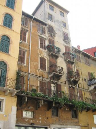 Zanimive hiše, trg Erbe