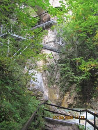 Soteska Čepa, mostovi, stopnice in čudovita narava.