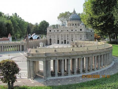Vatikan in katedrala sv. Petra.