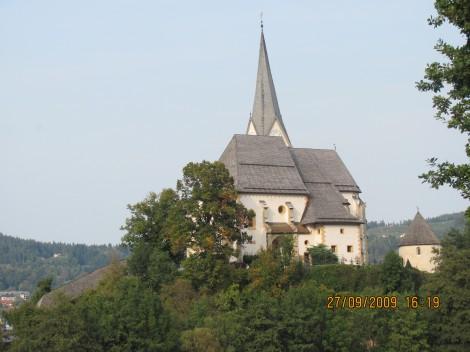Oprema cerkve Maria Worth je v baročnem slogu.