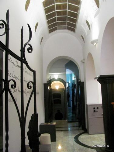 Hostel Tresor, vhod ali izhod, po želji :)