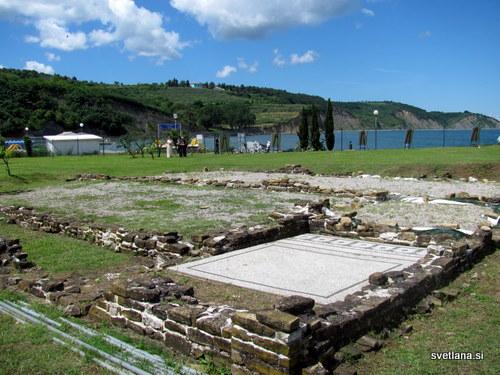 Arheološki spomenik Villa Maritima, Simonov zaliv
